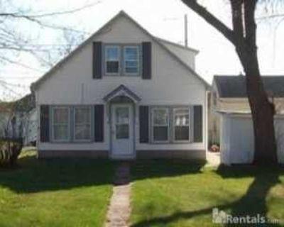 1536 13th Ave E, Hibbing, MN 55746 3 Bedroom House