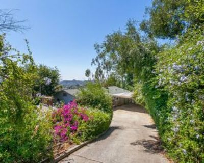 1442 N Avenue 57, Los Angeles, CA 90042 2 Bedroom House