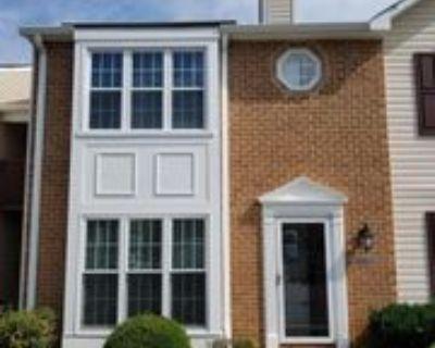 7804 Harrowgate Cir, West Springfield, VA 22152 2 Bedroom Condo