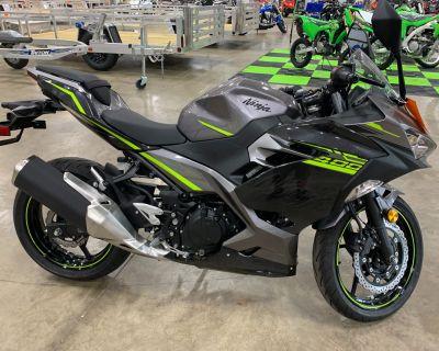 2021 Kawasaki Ninja 400 ABS Sport Belvidere, IL
