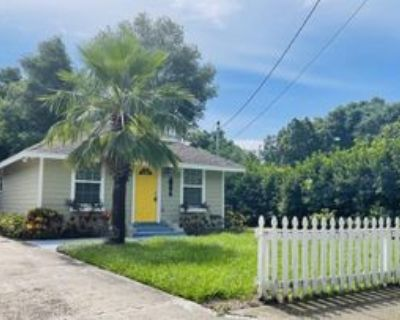 1160 N Grandview St, Mount Dora, FL 32757 2 Bedroom Apartment