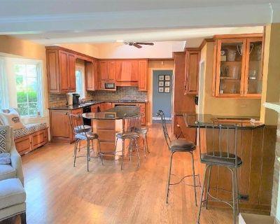 Maple Kitchen Cabinets
