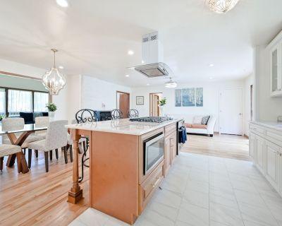 ?modern Open Home ?chefs Kitchen?3 Full Baths - Marietta