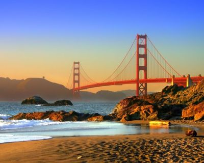 Specular Stay with Golden Gate Bridge Views, 1 min from Beach - Sea Cliff