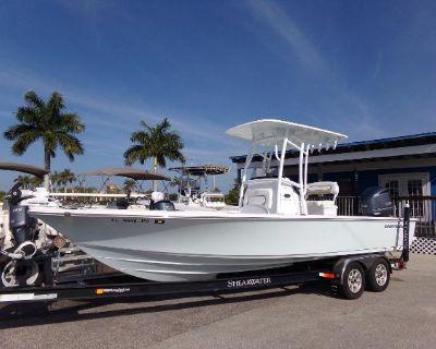 2014 Sportsman Masters 247 Bay Boat