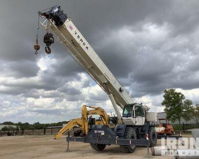 2013 Terex RT555-2 55 ton 4x4 Rough Terrain Crane