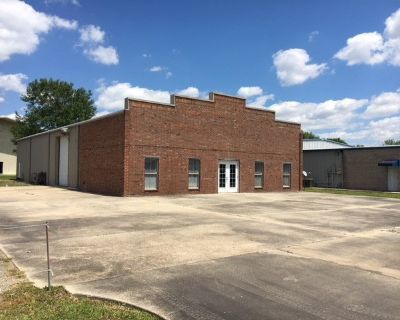 +/- 5,000 SF of Warehouse/Office Space for Lease