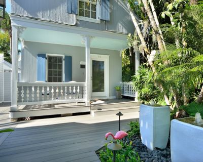 Family House- Two K bedrooms, 1.5 baths, Pvt.Spa in Garden Setting-Shared Pools! - Downtown Key West