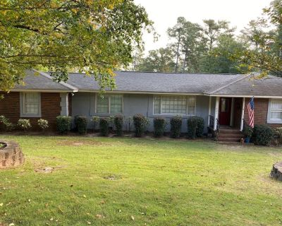4 Bedroom, 2 Bathroom Home Located in Brynwood for Masters 2020 - Augusta
