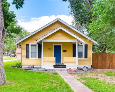 Completely Updated Cottage With Private Yard - Central Colorado Springs
