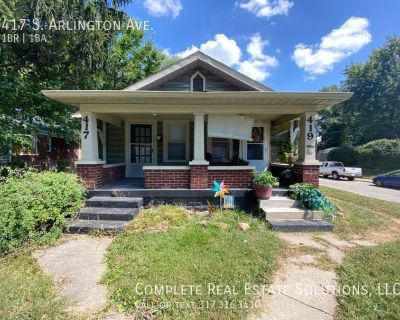 Now Showing this 1 bedroom, 1 bath duplex located at 417 S. Arlington Ave., Indianapolis, IN