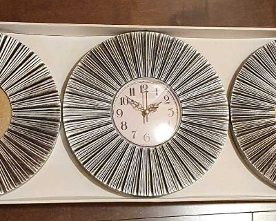 Wall Mirrors & Clock