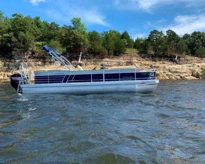 2021 Landau 250 Atlantis SC Tri-Toon
