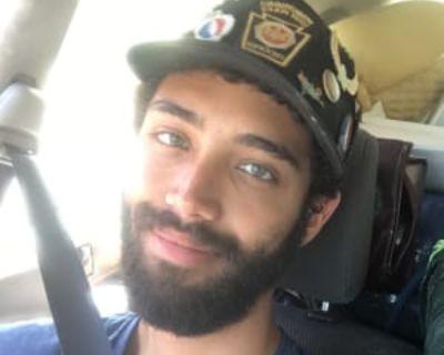 Mack, 28 years, Male - Looking in: Denver CO