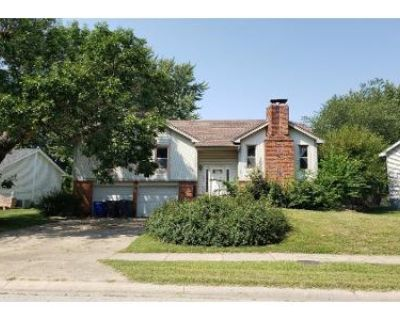 3 Bed 2.5 Bath Preforeclosure Property in Olathe, KS 66062 - S Sycamore St