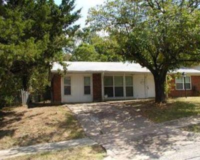1605 Proctor Dr, Grand Prairie, TX 75051 4 Bedroom House