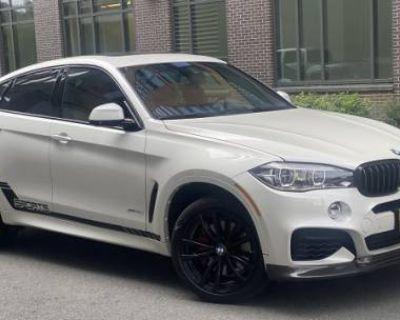 2017 BMW X6 50i