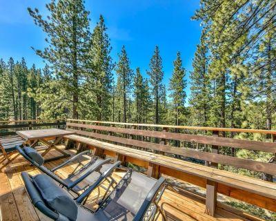 Cold Creek Retreat: 3 BR, 2 BA House in South Lake Tahoe, Sleeps 8 - Montgomery Estates