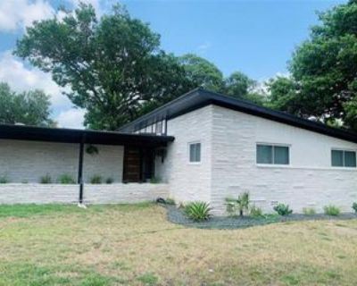 3507 Lakeshore Dr, Weatherford, TX 76087 5 Bedroom House