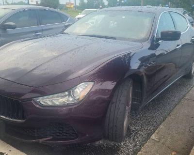 2014 Maserati Ghibli Standard