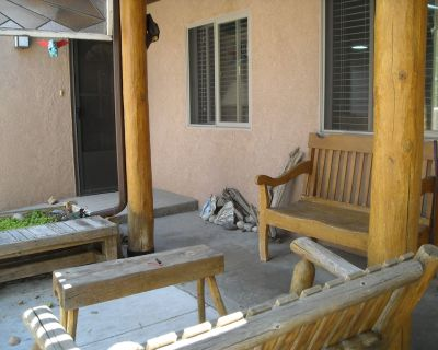 Private 1 BR apartment w/parking, kitchen, sitting room, private bath, pool. - Osuna Park Inc