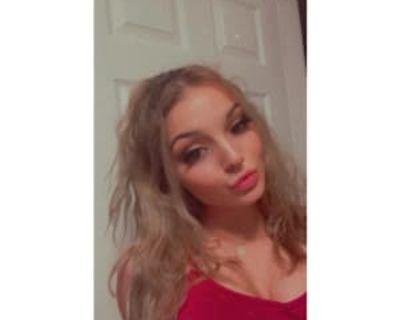 McKenzie, 20 years, Female - Looking in: Phoenix Maricopa County AZ