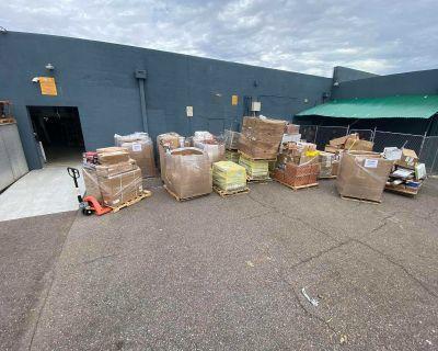 Pallets Wholesale liquidation starting price 300