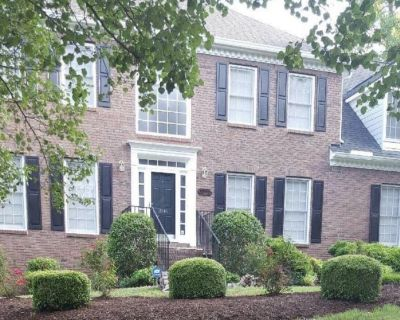 Gorgeous 5Bdr 3.5Bathroom Home almost 5k sq ft. of living space UNFURNISHED - Kennesaw