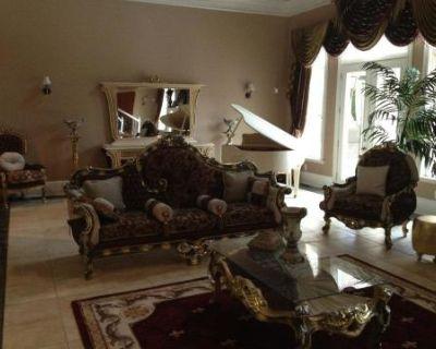 Brazer Luxury Mansion, Fairburn, GA