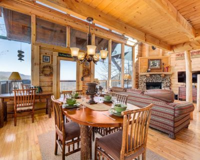 Luxurious cabin with wrap-around porch, game room, hot tub and mountain views - Pigeon Forge