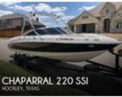 22 foot Chaparral 220 SSI