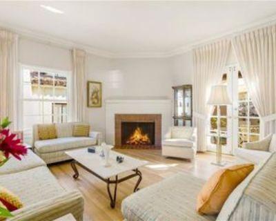1357 Woodruff Ave, Los Angeles, CA 90024 3 Bedroom House