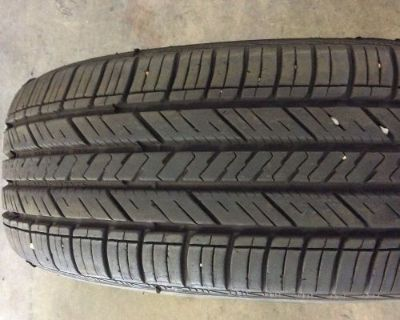 One Used Goodyear Assurance P235/65/17 235/65/17 235 65 17 E2879