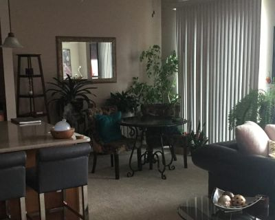 Private room with own bathroom - Columbia Heights , MN 55421