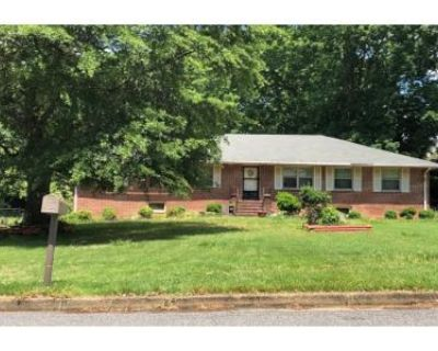 6 Bed 3 Bath Preforeclosure Property in Highland Springs, VA 23075 - Wales Dr