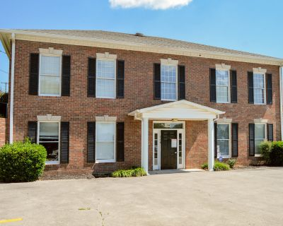 COMMERCIAL OPPORTUNITY | OFFICE FOR LEASE