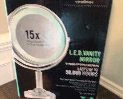 New Danielle LED Lighted Two-Sided Makeup Mirror $50