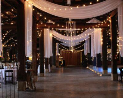 Rustic, Enormous Ballroom with Fireplace and Whiskey Barrel Handmade Bar, Gallatin, TN