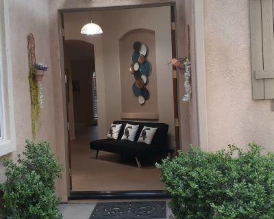 Country Club Resort in Gated Community with Sunshine Zen to Golf@Swim@Hike@Fun! - Indio