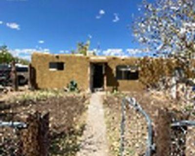 400 Texas St Ne #1, Albuquerque, NM 87108 2 Bedroom Apartment