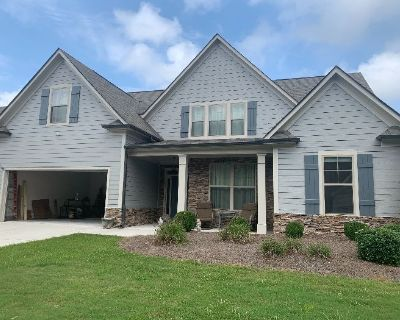 Come Find Your PERFECT PIECE at this ADORABLE Home in Buford!