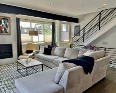 1810 Julian St, Denver, CO 80204 3 Bedroom House