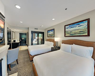 5-Star Resort Studio | Pool, Gym, Private Gondola | Jetted Tub, Gas Fireplace - Park City