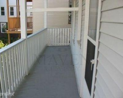 Waldo Ave, Somerville, MA 02143 3 Bedroom Apartment