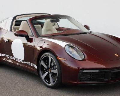 2021 Porsche 911 Targa 4S