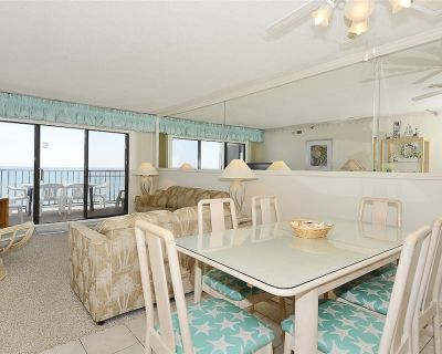 FREE DAILY ACTIVITIES! LINENS INCLUDED*! Direct Oceanfront 2 bedroom, 2 bath condo (Den converted into 3rd bedroom with double bed). - North Ocean City
