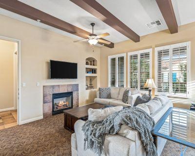 Upgraded Warm & Elegant, Fountain Views, Twin Beds & Ms. PacMan - Upper (T25-2) - La Quinta