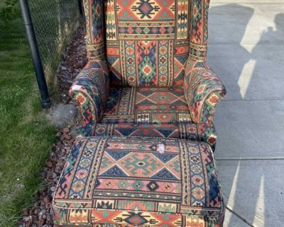 Free winged back chair and ottoman