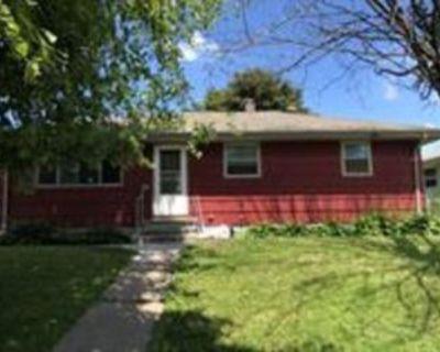 65 Montana Ave W, St. Paul, MN 55117 3 Bedroom House