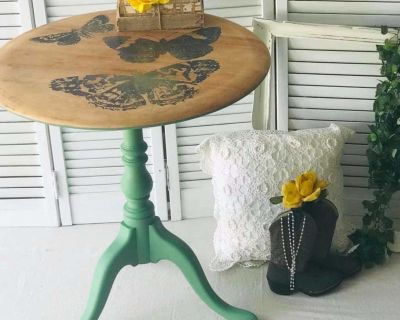 Accent Table, Green with Butterflies